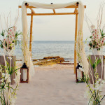 Pros and Cons of a Beach Wedding