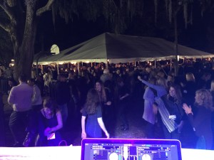 windermere-wine-and-dine-2016-dancing-dj